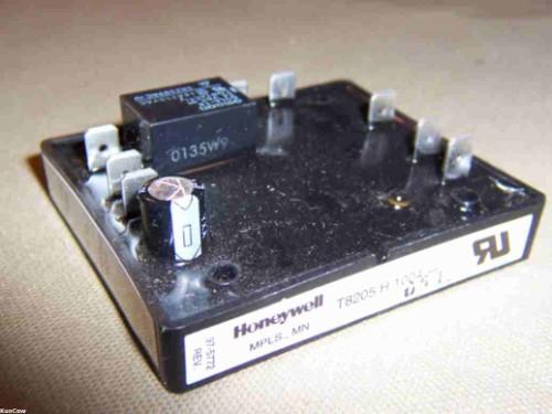 Honeywell T8205 H Pool Heat Pump Heater Control
