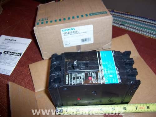 Siemens ED43B045L Circuit Breaker ED 3P 45A 480VAC 18KA Lugs