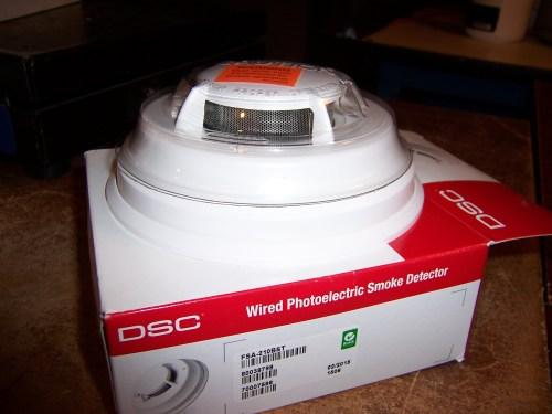 DSC FSA-210B Smoke Detector 2 Wire Photoelectric W Sounder