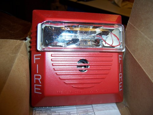 Wheelock - RSS-24MCW-FR - Str Multi CD Red 24VDC Wall Mt